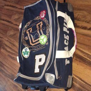 VS PiNK travel duffle bag luggage suitcase wheelie